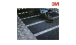Benzi antialunecare autoadezive 3M Safety-Walk flexibile, negre / diferite dimensiuni